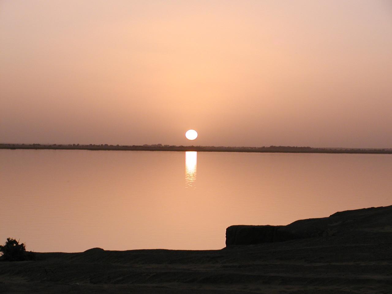 coucher de soleil à Karkadjane