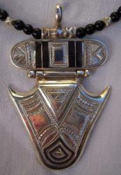 Collier9 3